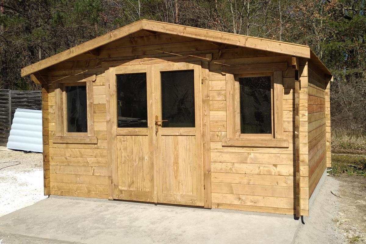 Abri de jardin bois traité et teinté marron - ECO 16 m² - madriers 28 mm