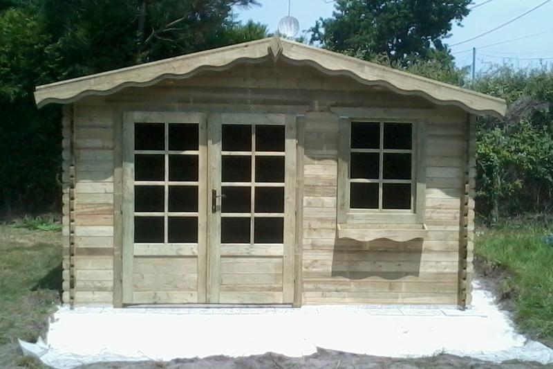 Abri de jardin autoclave : 13 m² épaisseur madrier 34 mm ...